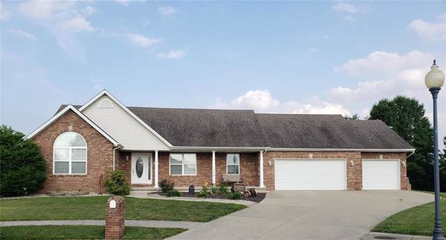 15 Vineyard, Highland, IL 62249 (#19050958) :: RE/MAX Professional Realty