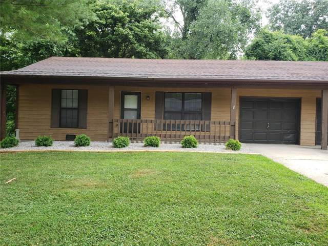121 Christine, Belleville, IL 62221 (#19052619) :: The Kathy Helbig Group