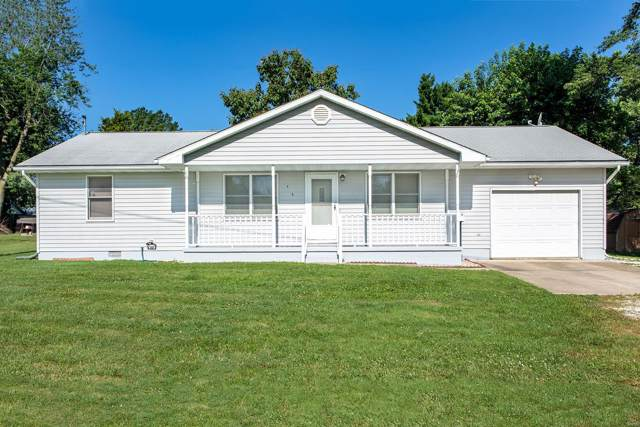 606 Burke, Jerseyville, IL 62052 (#19053301) :: The Becky O'Neill Power Home Selling Team