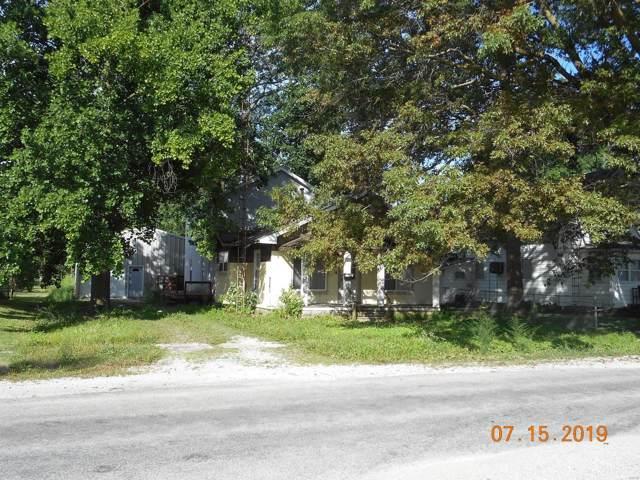 415 N Pine Street, NOKOMIS, IL 62075 (#19053350) :: Kelly Shaw Team