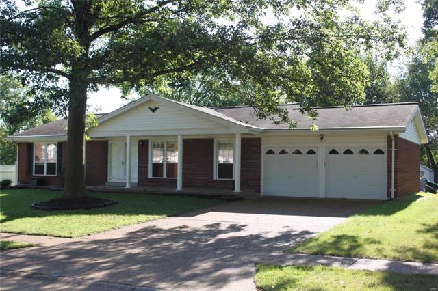 5472 Stonehurst Drive, St Louis, MO 63129 (#19054297) :: The Becky O'Neill Power Home Selling Team