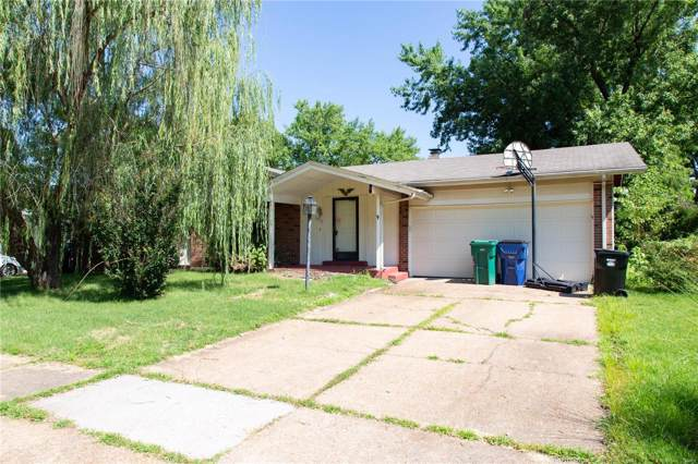 2033 Greenheath, Florissant, MO 63033 (#19054484) :: The Becky O'Neill Power Home Selling Team