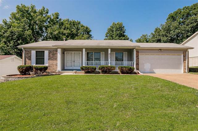 327 Brightfield Trail, Ballwin, MO 63021 (#19054515) :: Kelly Hager Group | TdD Premier Real Estate