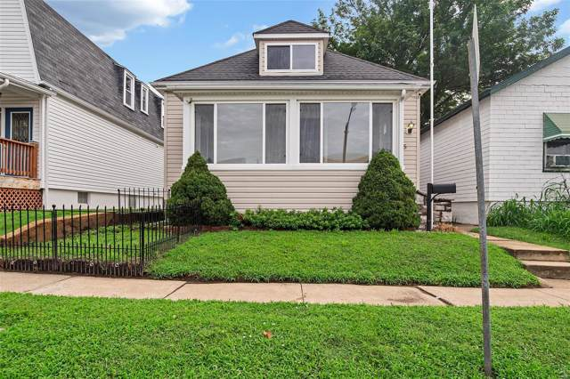 4915 Blow Street, St Louis, MO 63109 (#19054682) :: Holden Realty Group - RE/MAX Preferred