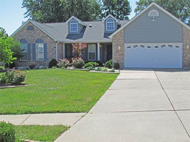 28 Kentucky Blue Ridge Court, Saint Charles, MO 63303 (#19054747) :: The Becky O'Neill Power Home Selling Team