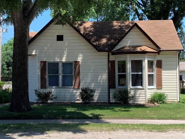 102 E Jefferson Street, O'Fallon, IL 62269 (#19054826) :: Hartmann Realtors Inc.