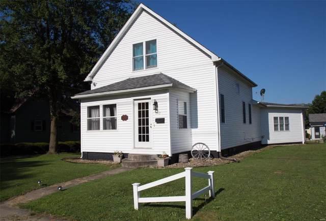 642 Eccles Street, Hillsboro, IL 62049 (#19055331) :: RE/MAX Vision