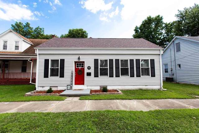 412 W Main Street, Mascoutah, IL 62258 (#19055439) :: Holden Realty Group - RE/MAX Preferred