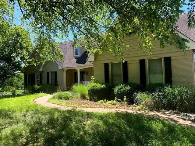 18746 Bonhomme Creek, Wildwood, MO 63005 (#19055478) :: Clarity Street Realty