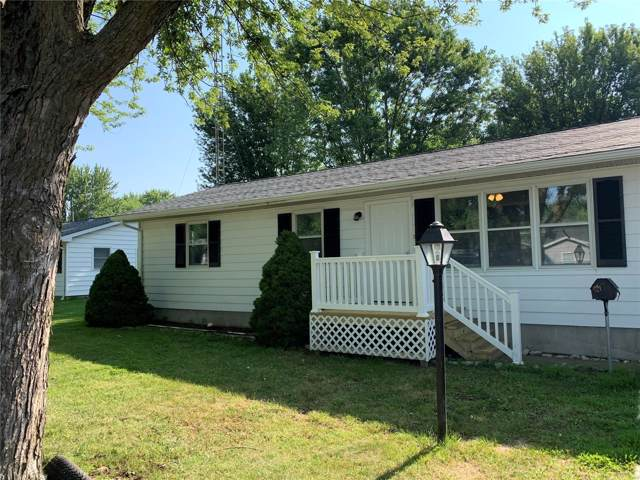 209 S 15th Street, Bowling Green, MO 63334 (#19055793) :: The Becky O'Neill Power Home Selling Team