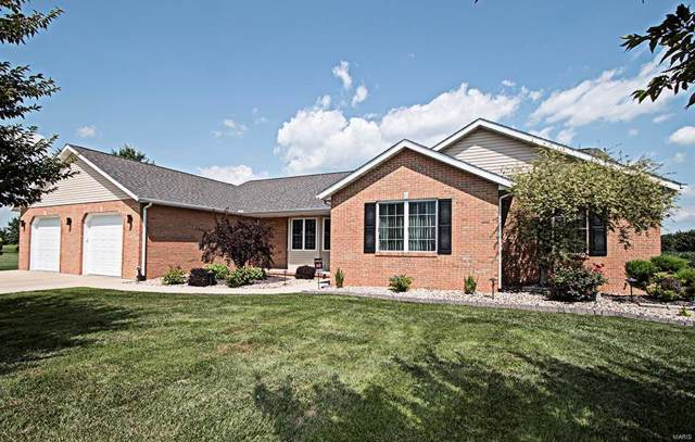 1434 Pine Lake Drive, TRENTON, IL 62293 (#19056074) :: Peter Lu Team
