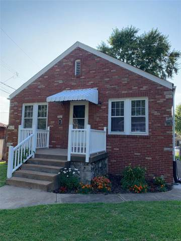 4457 S 37th Street, St Louis, MO 63116 (#19057777) :: The Becky O'Neill Power Home Selling Team