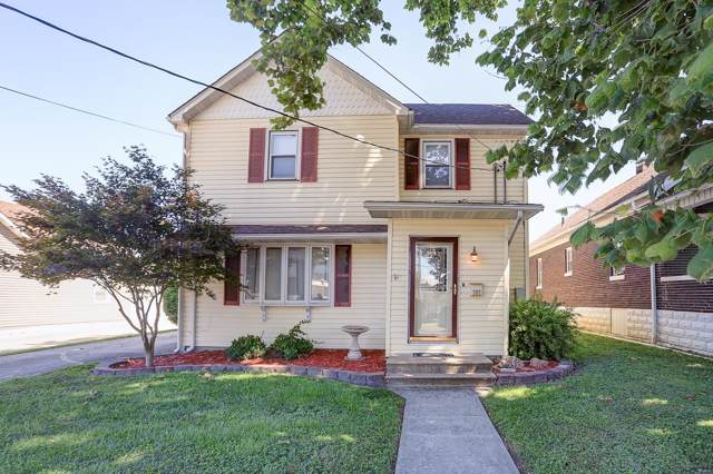 127 E North, STAUNTON, IL 62088 (#19058147) :: The Becky O'Neill Power Home Selling Team