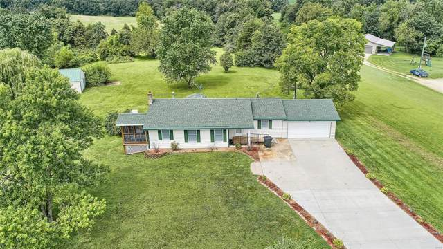 4975 Highway 185, Leslie, MO 63056 (#19058977) :: The Becky O'Neill Power Home Selling Team