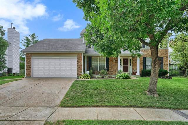 920 Oakmoor Drive, Fenton, MO 63026 (#19059774) :: The Becky O'Neill Power Home Selling Team