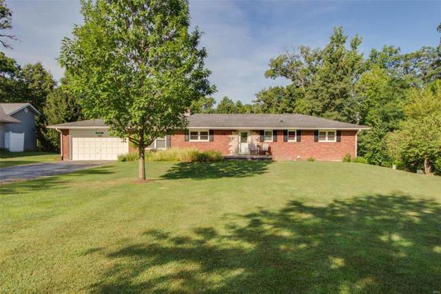 29 Oakwood Place, Jerseyville, IL 62052 (#19060426) :: Clarity Street Realty