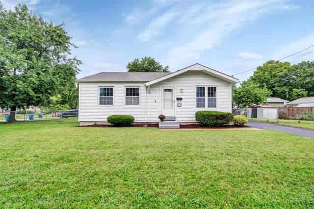 2581 Monica Drive, Maryland Heights, MO 63043 (#19060571) :: St. Louis Finest Homes Realty Group