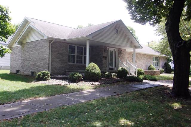 1305 Laurel Street, Highland, IL 62249 (#19060640) :: Holden Realty Group - RE/MAX Preferred