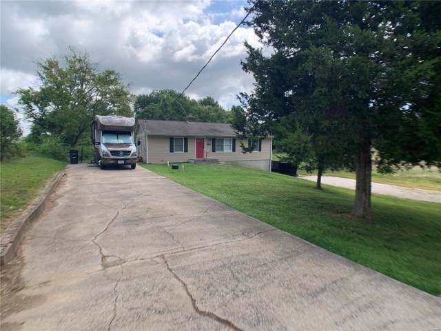 2067 Dogwood  Ln, Pevely, MO 63070 (#19060948) :: The Becky O'Neill Power Home Selling Team