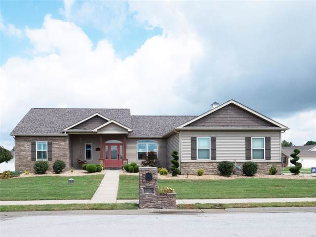 1103 Winged Foot, Belleville, IL 62223 (#19061326) :: The Becky O'Neill Power Home Selling Team