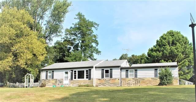 4001 W Rock Creek Road, Imperial, MO 63052 (#19061457) :: The Becky O'Neill Power Home Selling Team
