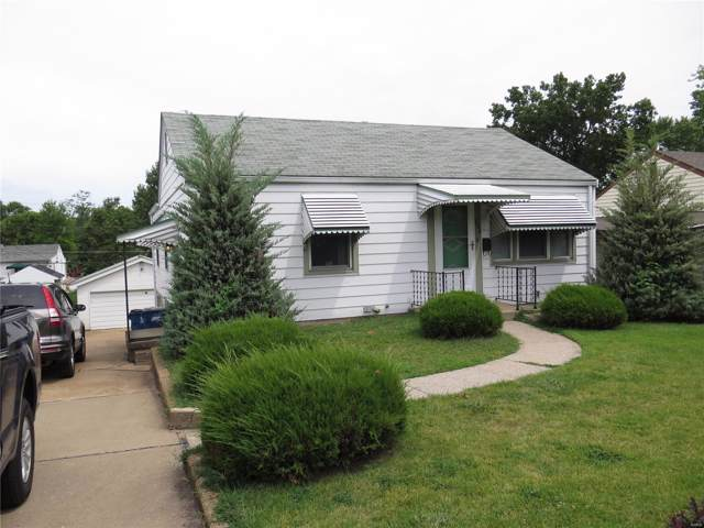 9429 Miriam Avenue, St Louis, MO 63114 (#19061890) :: The Becky O'Neill Power Home Selling Team