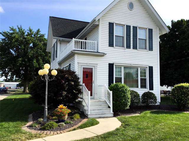 502 W Pearl Street, STAUNTON, IL 62088 (#19061965) :: The Becky O'Neill Power Home Selling Team