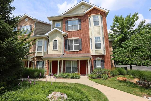 2642 Mcknight Crossing, St Louis, MO 63124 (#19062392) :: RE/MAX Professional Realty