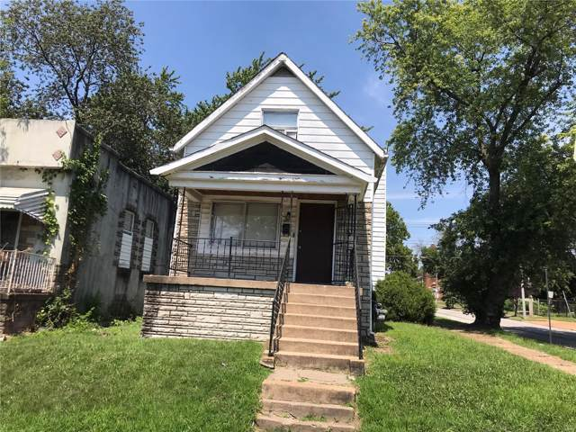 5477 Gilmore Avenue, St Louis, MO 63120 (#19062393) :: The Becky O'Neill Power Home Selling Team