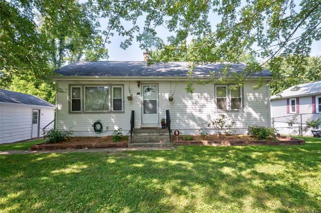 313 Bethesda Drive, Belleville, IL 62223 (#19062482) :: The Becky O'Neill Power Home Selling Team