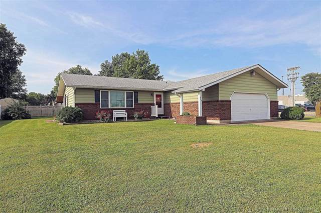 790 Pointe Basse Drive, Ste Genevieve, MO 63670 (#19062609) :: The Becky O'Neill Power Home Selling Team