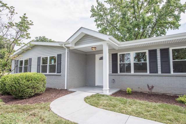 140 Nassau Circle, St Louis, MO 63146 (#19063078) :: The Becky O'Neill Power Home Selling Team