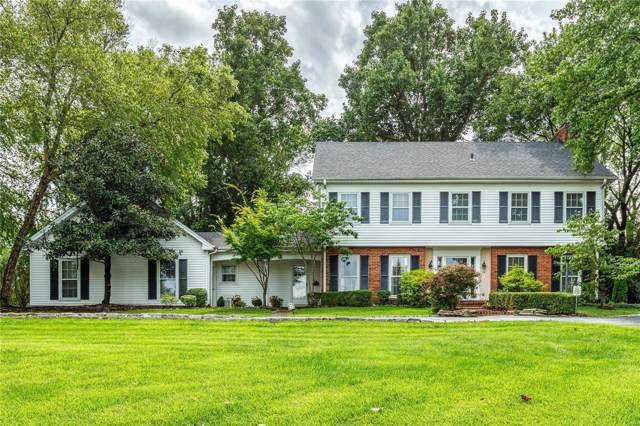 18 Forest Hills Ridge Court, Chesterfield, MO 63005 (#19063555) :: Kelly Hager Group | TdD Premier Real Estate