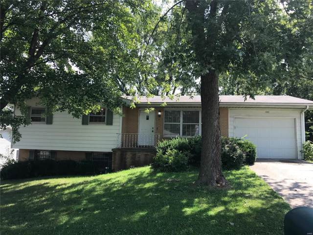 640 S Pam Avenue, Saint Charles, MO 63301 (#19063664) :: Barrett Realty Group