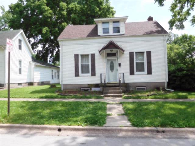 1000 13th Street, Highland, IL 62249 (#19066089) :: Clarity Street Realty