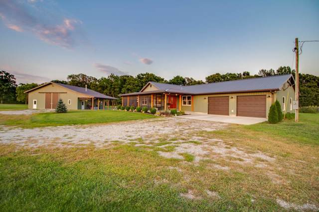 19698 Deer Run Lane, Brighton, IL 62012 (#19066863) :: Holden Realty Group - RE/MAX Preferred