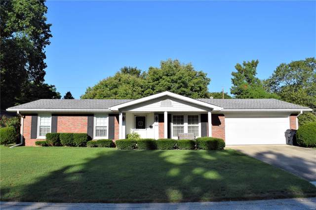 1633 Whitlow, Belleville, IL 62226 (#19067395) :: Holden Realty Group - RE/MAX Preferred