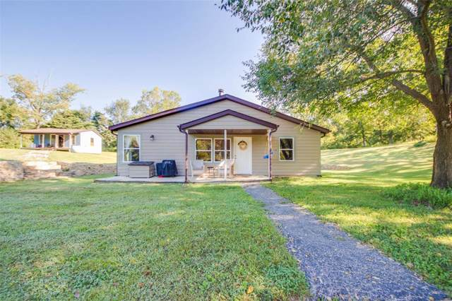 4248 Woodbrook Lane, Brighton, IL 62012 (#19067478) :: Holden Realty Group - RE/MAX Preferred
