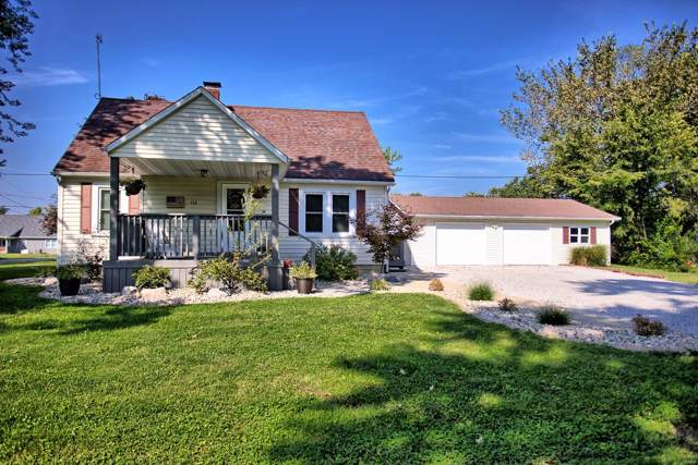 112 S Clinton, BUNKER HILL, IL 62014 (#19068982) :: Kelly Hager Group | TdD Premier Real Estate