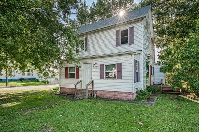 1003 N Jefferson Street, LITCHFIELD, IL 62056 (#19069497) :: The Kathy Helbig Group