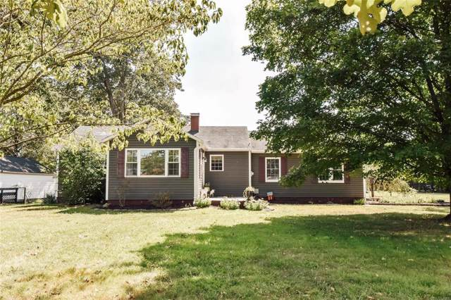1014 W Old Route 15, Ashley, IL 62808 (#19069732) :: RE/MAX Professional Realty