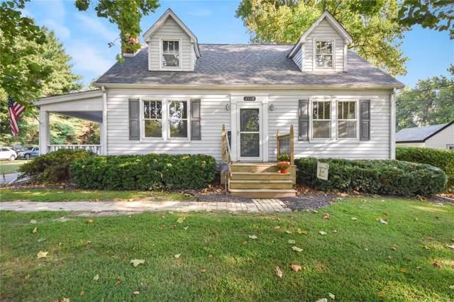 2118 E B Street, Belleville, IL 62221 (#19069925) :: Walker Real Estate Team