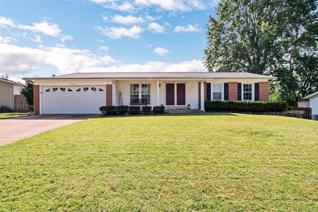 1420 El Centro Drive, Florissant, MO 63031 (#19069968) :: The Kathy Helbig Group