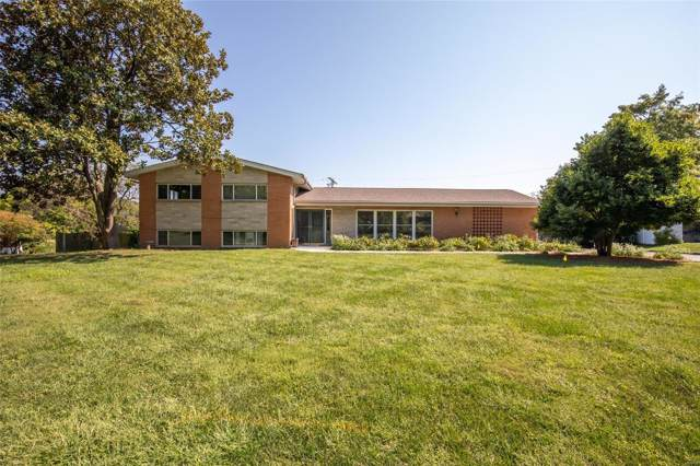 11 Country Fair, Creve Coeur, MO 63141 (#19070557) :: St. Louis Finest Homes Realty Group