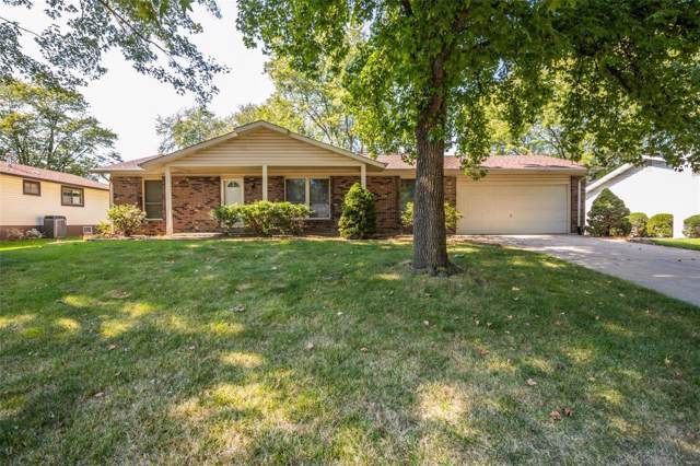 43 Park Charles Boulevard, Saint Peters, MO 63376 (#19070871) :: The Becky O'Neill Power Home Selling Team