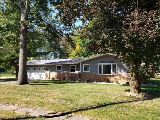 419 N Fifth St., NOKOMIS, IL 62075 (#19071186) :: The Kathy Helbig Group
