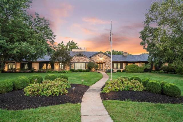2 Country Aire Drive, St Louis, MO 63131 (#19071195) :: St. Louis Finest Homes Realty Group