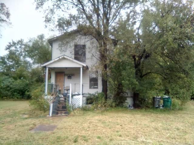 3225 Douglas Avenue, East St Louis, IL 62204 (#19073081) :: Peter Lu Team