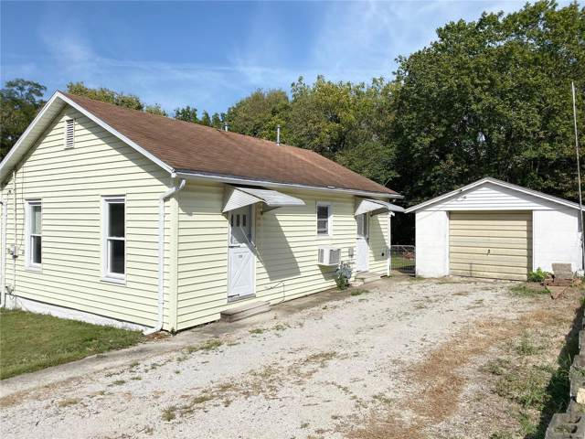 413 W Seward Street, Hillsboro, IL 62049 (#19073413) :: Peter Lu Team
