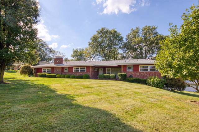 16 Graeser Acres, St Louis, MO 63146 (#19074076) :: The Kathy Helbig Group